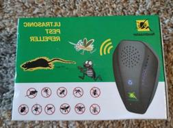 Neatmaster Ultrasonic Pest Repeller Electronic Plug in Black